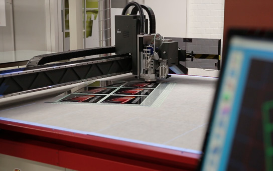 agfa-cutting-table